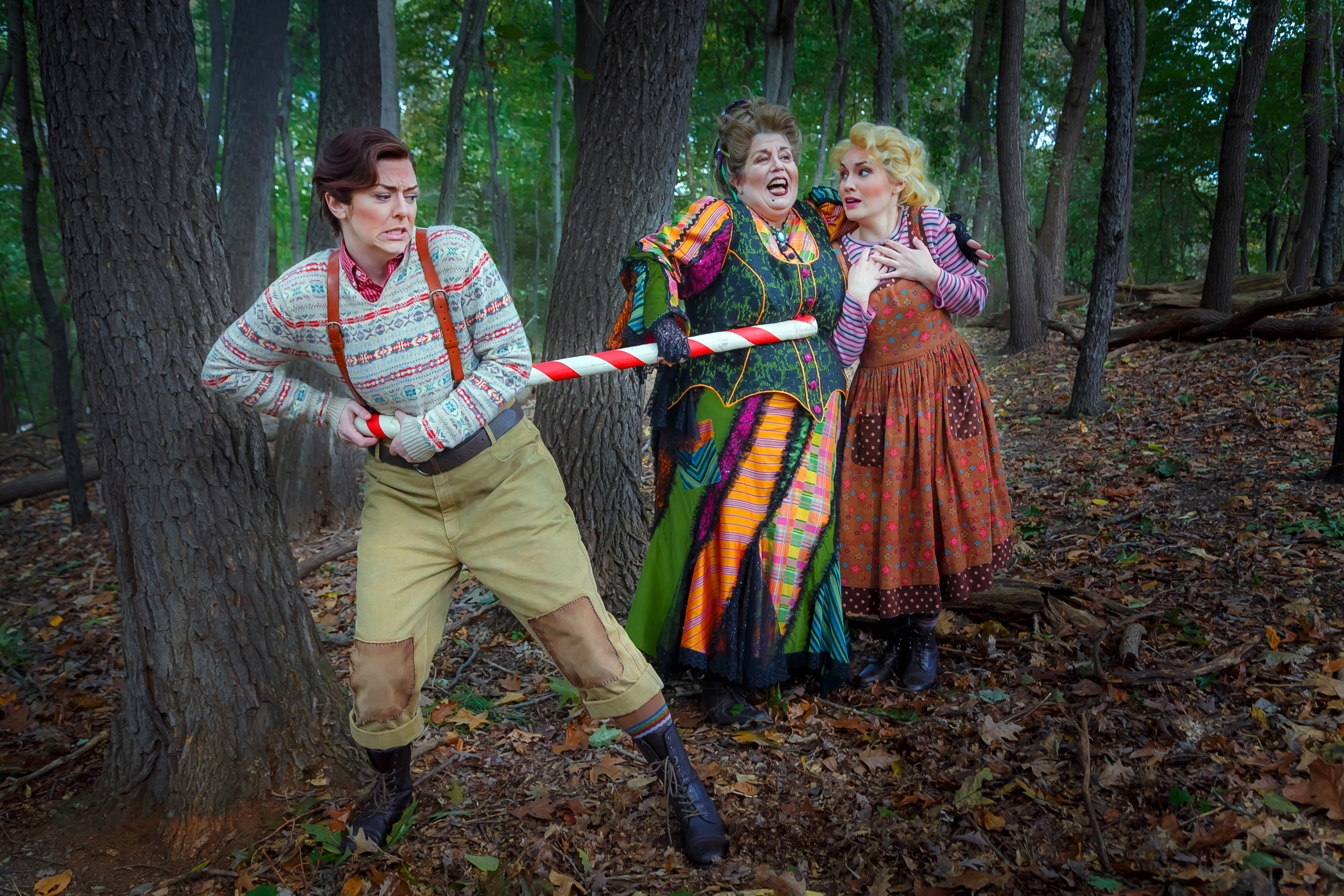 Hansel is hooked while the witch has a handle on Gretel in Humperdinck's 'Hansel and Gretel.' Singing the roles for Pittsburgh Opera are (L to R) mezzo Corrie Stallings, mezzo Marianne Cornetti, and soprano Ashley Fabian. (photo: David Bachman Photography)
