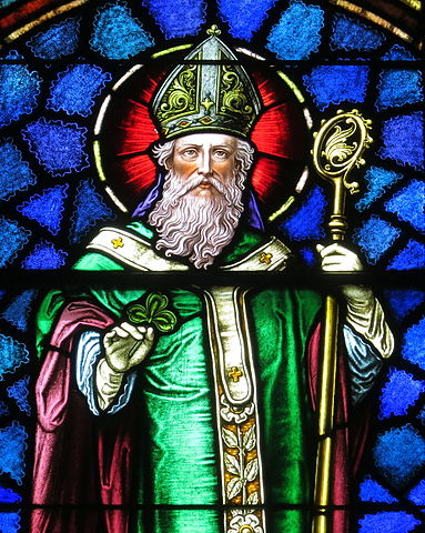 Stained glass window depiction of Saint Patrick in Saint Patrick Catholic Church, Junction City, Ohio. (photo: Nheyob and Wikipedia)