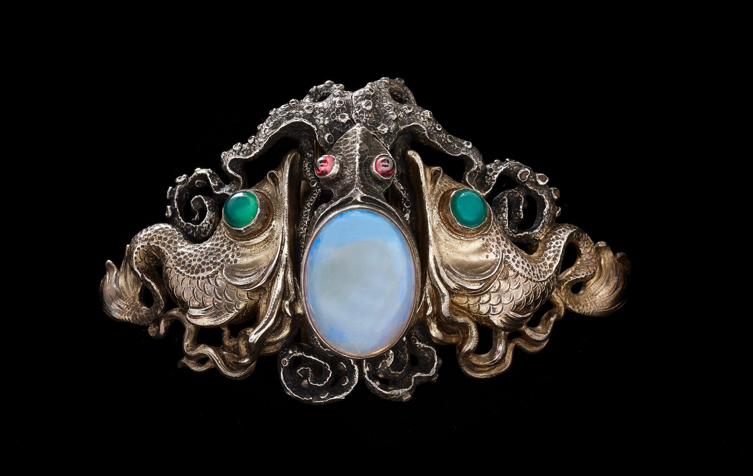 Deep-sea drama abounds in the 'Octupus Waist Clasp' made by Wilhelm Lucas von Cranach around 1900. It is one of a staggering 218 pieces in the 'Maker and Muse' show. (photo: John Faier, © The Richard H. Driehaus Museum)