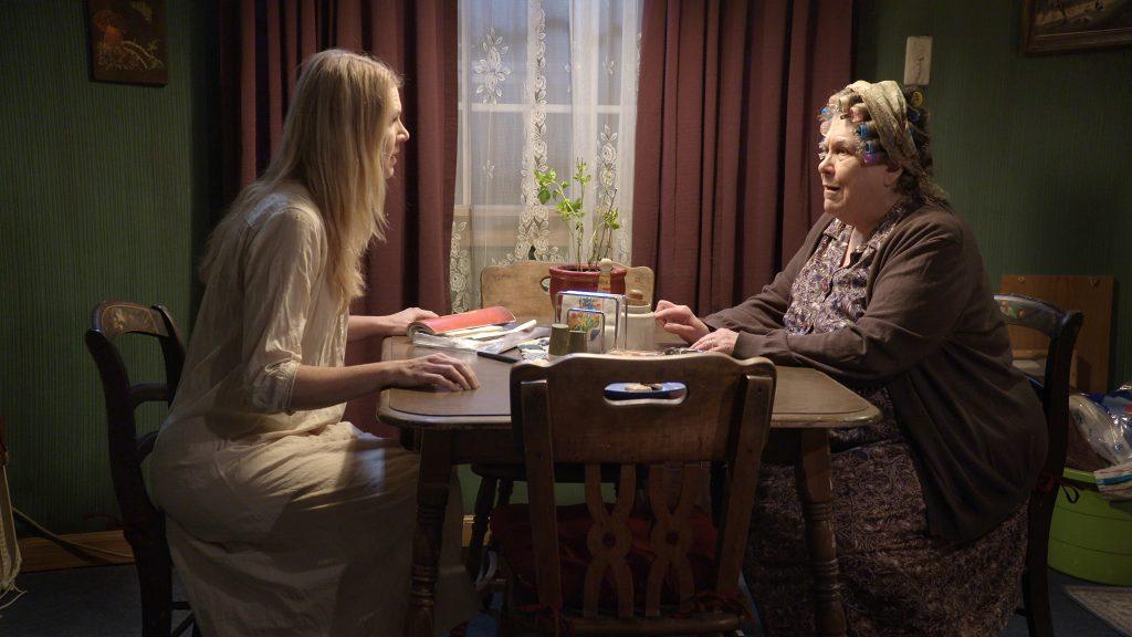 "Joan (Lisa Velten Smith, l.) converses with Harper (Ingrid Sonnichsen) in Quantum's ""Far Away."" (photo: Joe Seamans)"