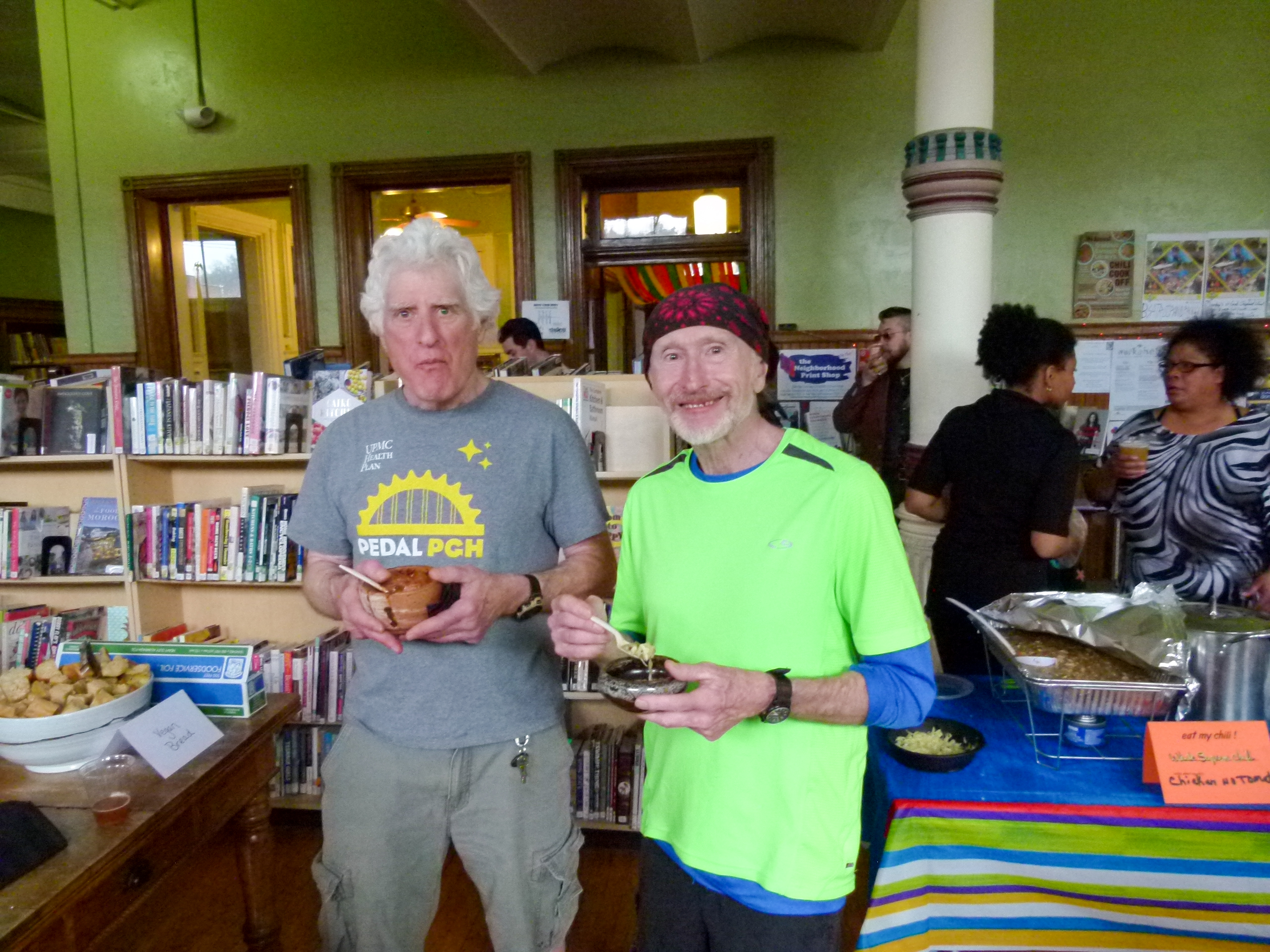 Entertainment Central editor/writer/chili lover Mike Vargo (r.) enjoying some tasty chili with friend Eric Marchbein, (l).
