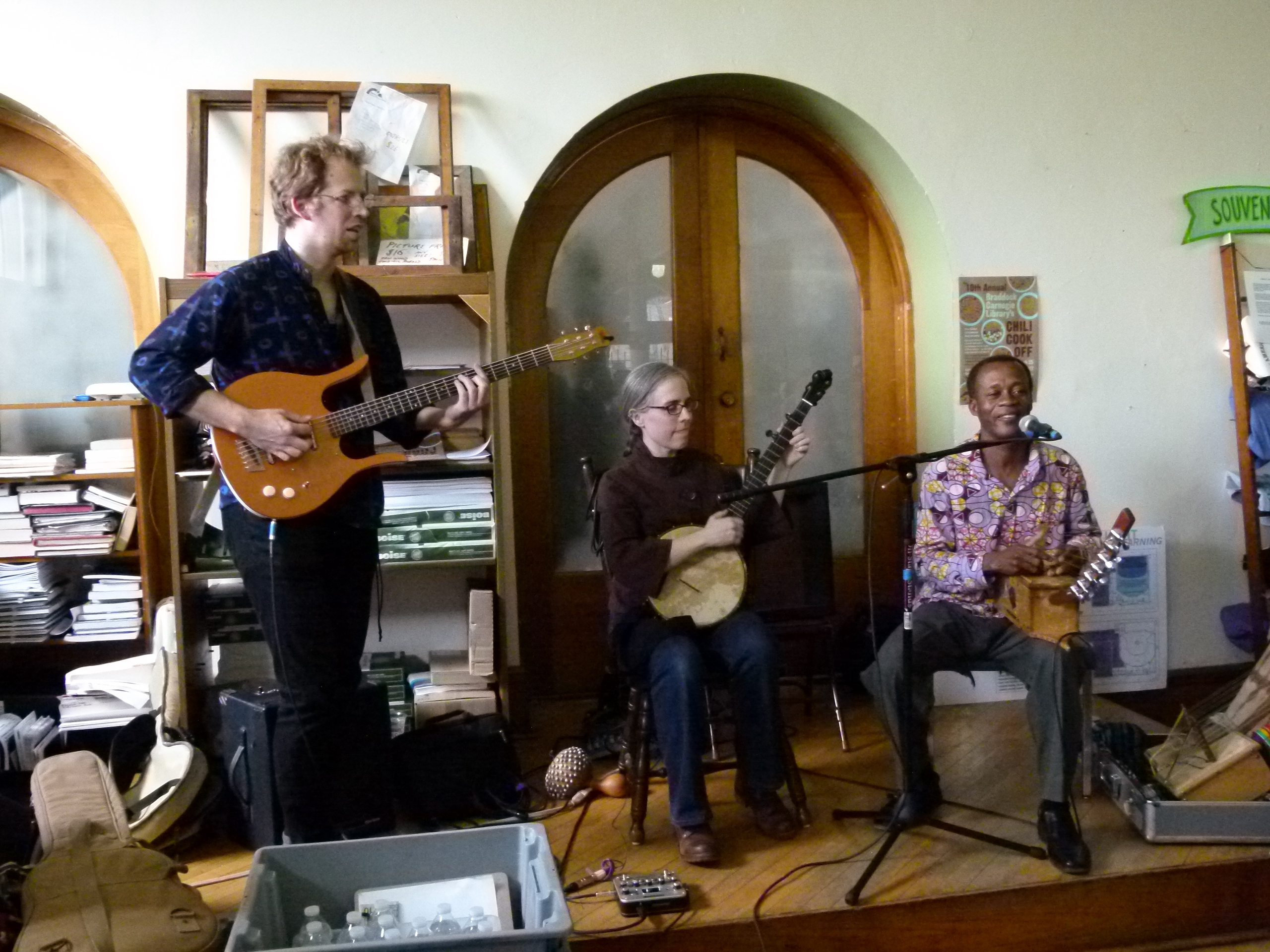 Live music was provided by (l. to r.) Colter Harper, Emily Pinkerton, and Osei Korankye.