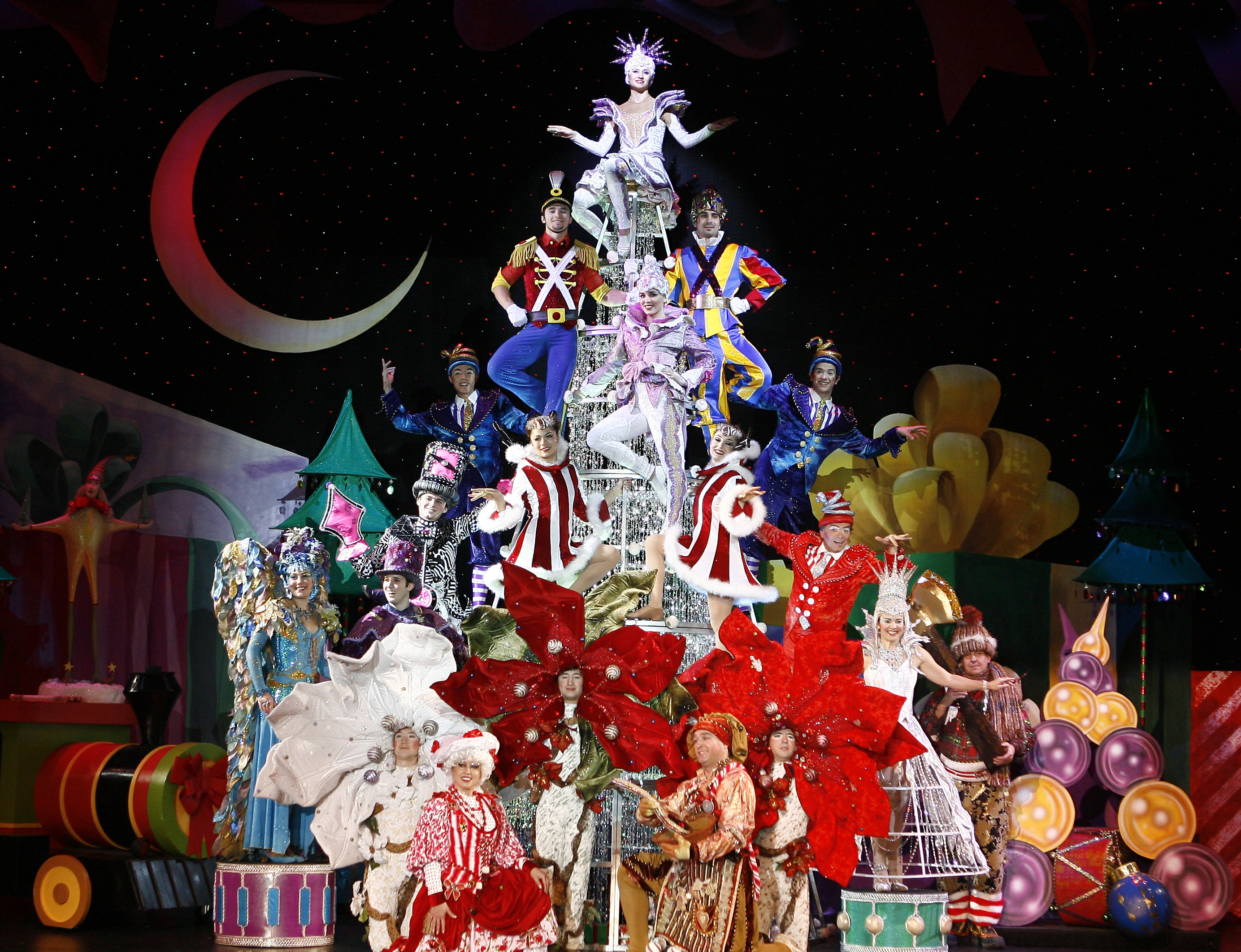 Ornaments on a Tree. Photo Credit: Cirque Dreams Holidaze, Courtesy of Cirque Productions.