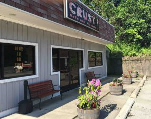 Crust Café and Pizzeria is located in Upper St. Clair near its border with Mt. Lebanon.
