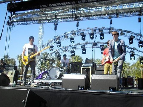 Deerhunter performing at Coachella in April 2010. photo: Iggysaves and Wikipedia.