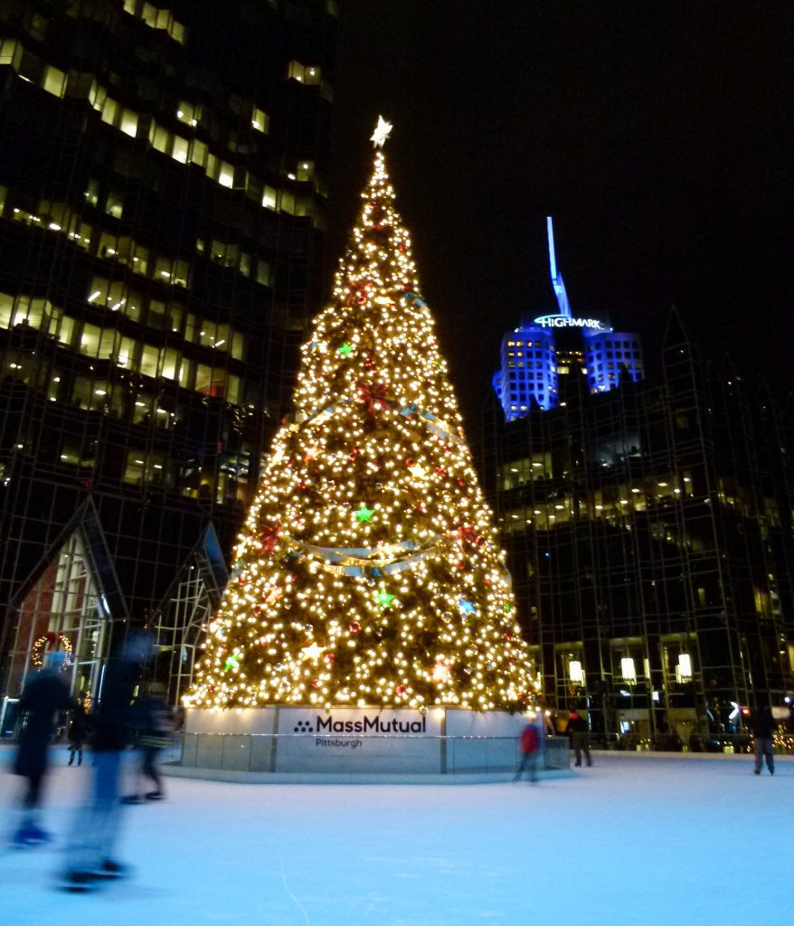Christmas Tree Inn Tn: Downtown Pittsburgh Aglow For The Holidays
