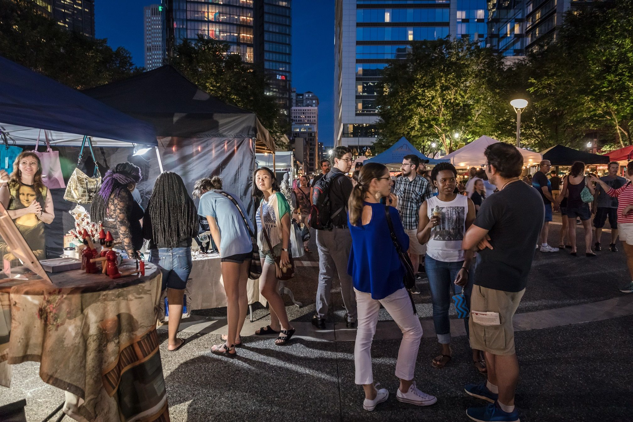 You can gather with friends to chat, shop, and eat and drink at the Saturday Night Market in Market Square. (Photo: Renee Rosensteel/Pittsburgh Downtown Partnership).
