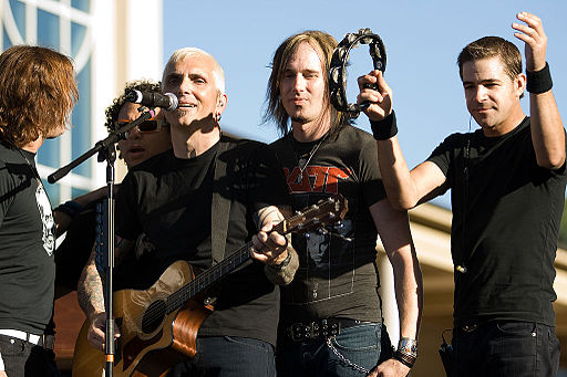 Everclear performing at Emory University in September 2007. photo: Brett Weinstein.