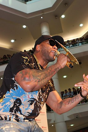 Flo Rida performing in Sydney, Australia in 2012. photo: Flo Rida and Wikipedia.