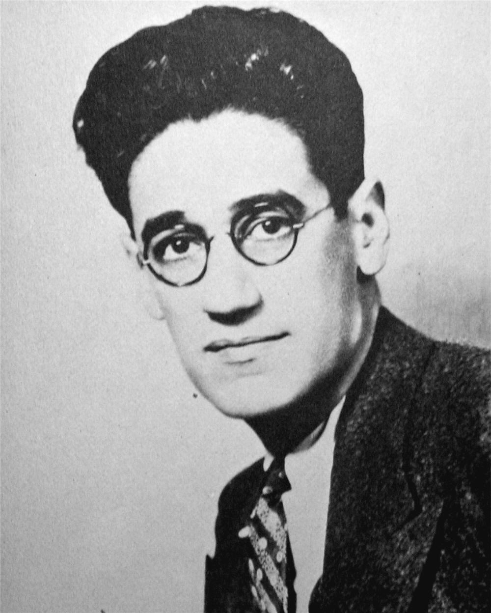 "A young Groucho? Nope, but close—it's George S. Kauffman, writer for the Marx Brothers and co-author of the 1921 comedy ""Dulcy,"" in revival at Pittsburgh Playwrights."