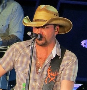 Jason Aldean performing at a 2014 concert. (photo: Morgan Williams and Wikipedia)