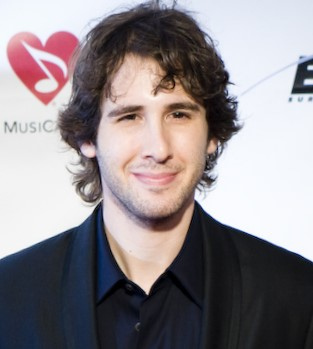 Josh Groban at the Grammy Auction in 2009. (Photo: Christopher Simon and Wikipedia.)