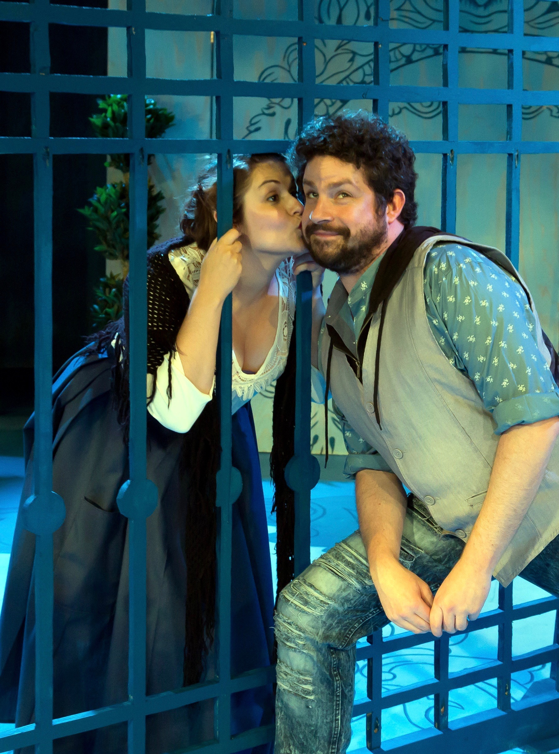 Isabelle (Julianne Avolio) wears her heart on her lips and Cliton (Patrick Halley) is smitten.