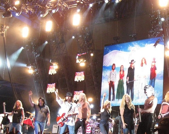 Lynyrd Skynyrd at the end of a set in New Brockton, Alabama in 2008. (Photo: jayuzi and Wikipedia).