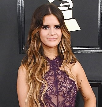 Maren Morris at the 59th Annual Grammy Awards in 2017. (photo: Wikipedia and Prbtsubedi12345)
