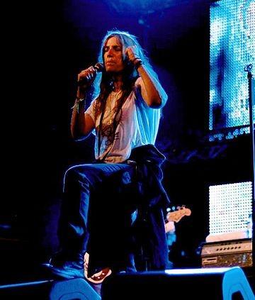 Patti Smith performing at Primavera Sound festival, Parc del Fòrum, Barcelona, Spain in 2007. photo: Michael Morel and Wikipedia.