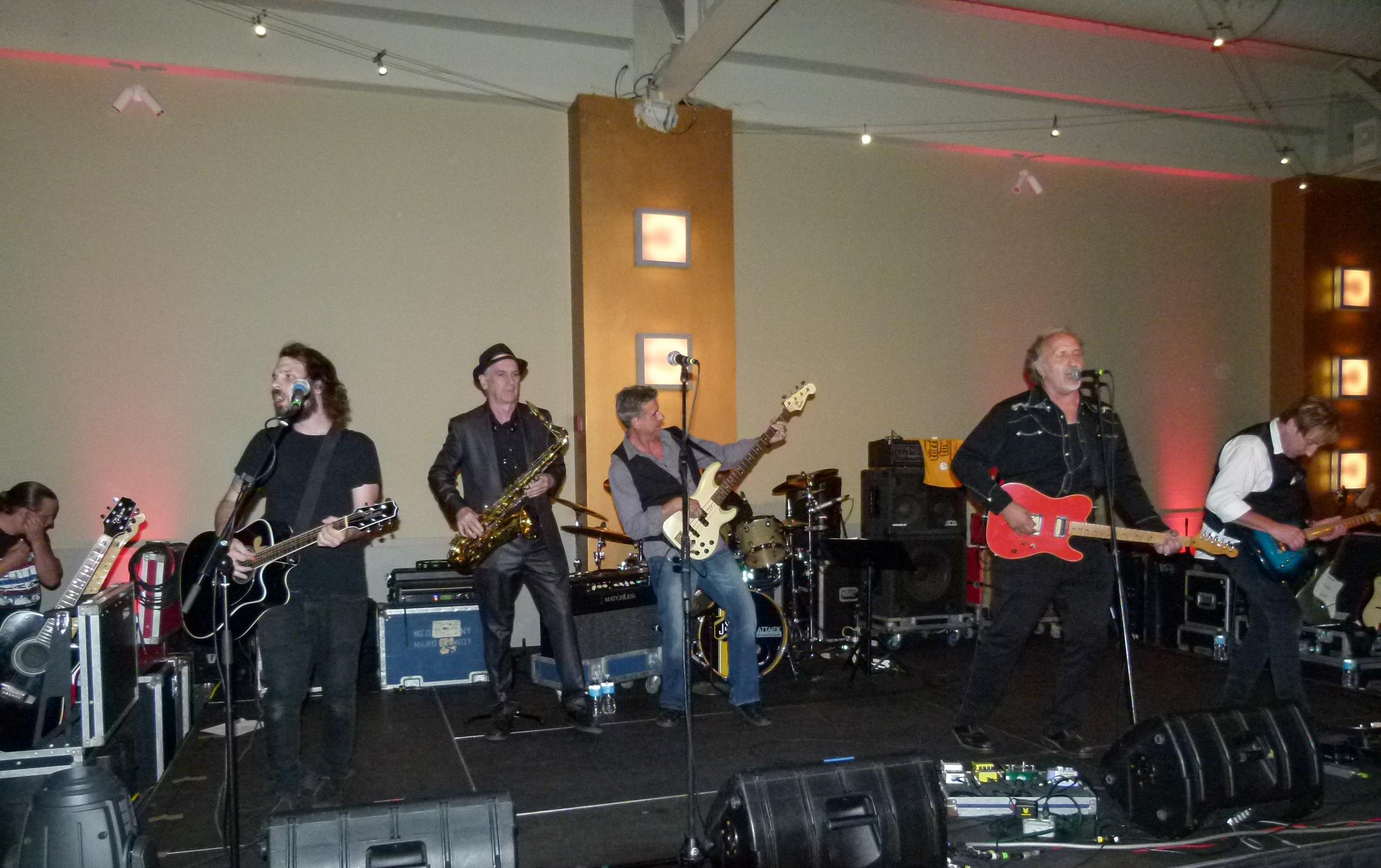 Joe Grushecky and The Houserockers bring the Bash to a rockin' climax.
