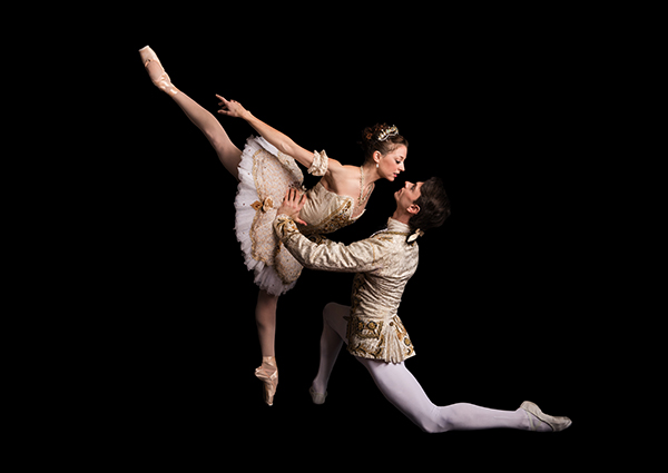 Alexandra Kochis and Luca Sbrizzi make an eye-opening couple in 'The Sleeping Beauty' at Pittsburgh Ballet Theatre. (photo: Duane Rieder)