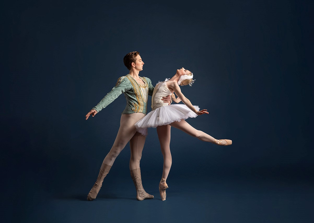 The beautiful classic, 'Swan Lake,' is among the new season offerings for Pittsburgh Ballet. Pictured are Lucius Kirst (l.) and Hannah Carter (photo: Duane Rieder)