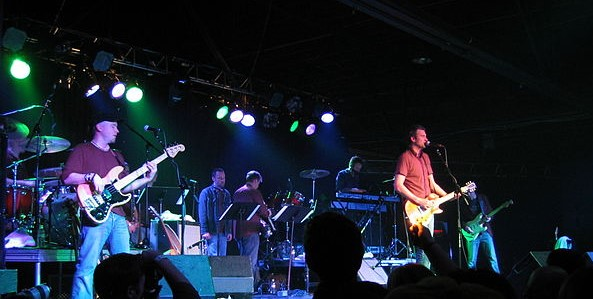 The Verve Pipe in a 2007 concert at the Intersection concert venue in Grand Rapids, MI. photo: jvh33 and Wikipedia.