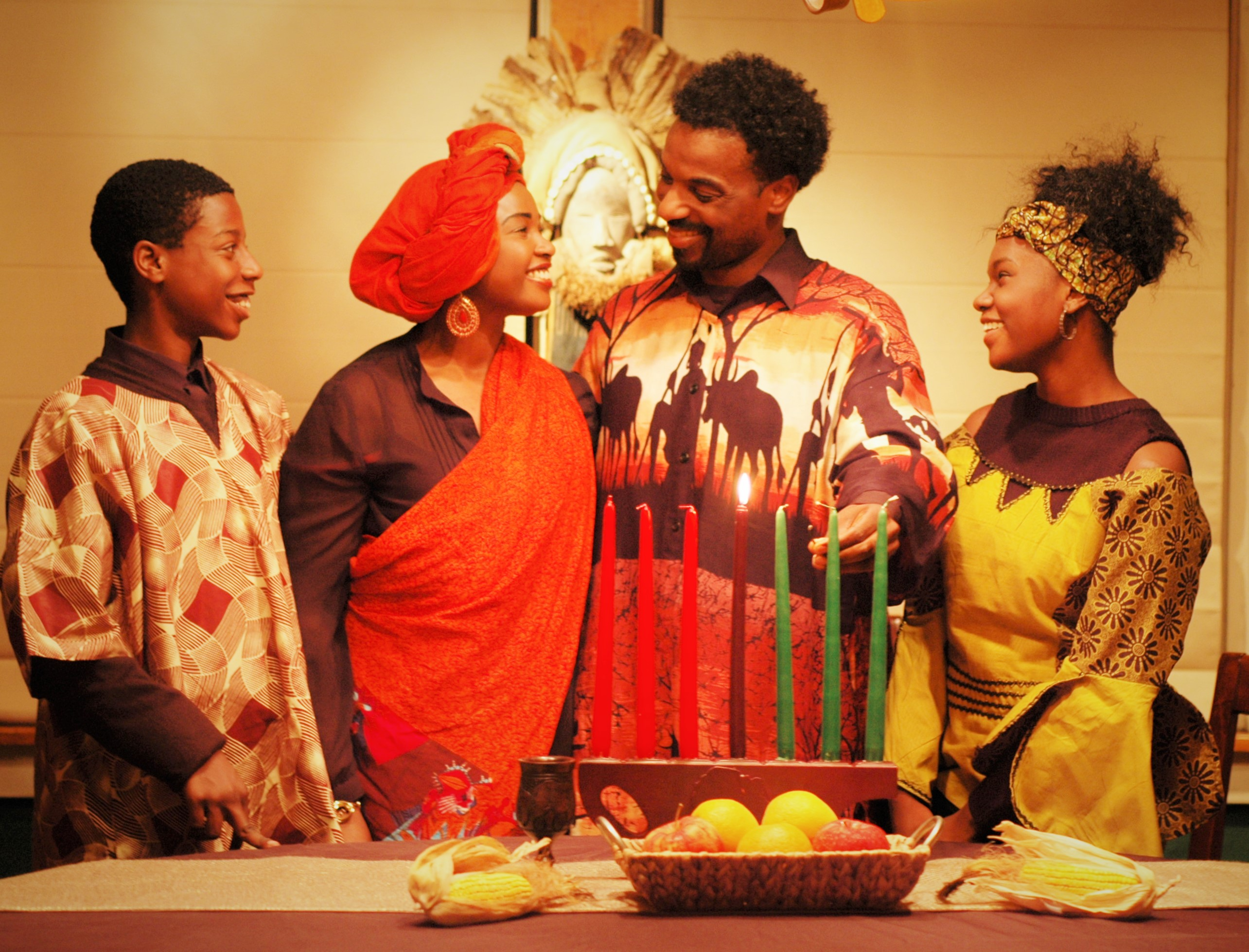 It's an 'Ubuntu Holiday' for the people in Cheryl El-Walker's play. Actors shown here are (L to R) Sundiata Rice, Melessie Clark, LaMar Darnell Fields, and Nia Washington. (photo: Mark Clayton Southers)