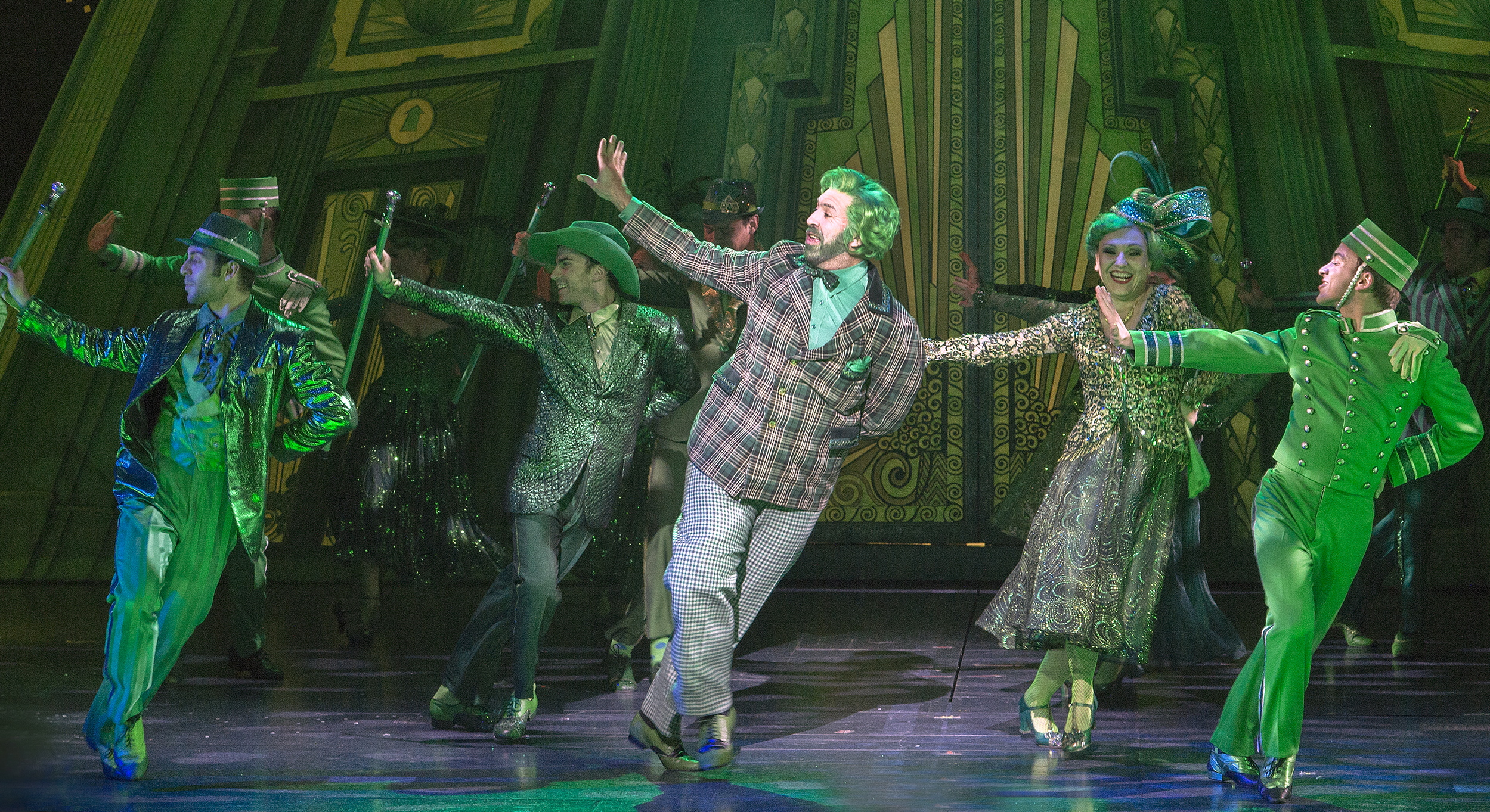 """It's all green light in Emerald City when the remake of """"The Wizard of Oz"""" visits the Steel City. And should you want wizardry newer than Oz, there's plenty of that scheduled for Pittsburgh stages too."""