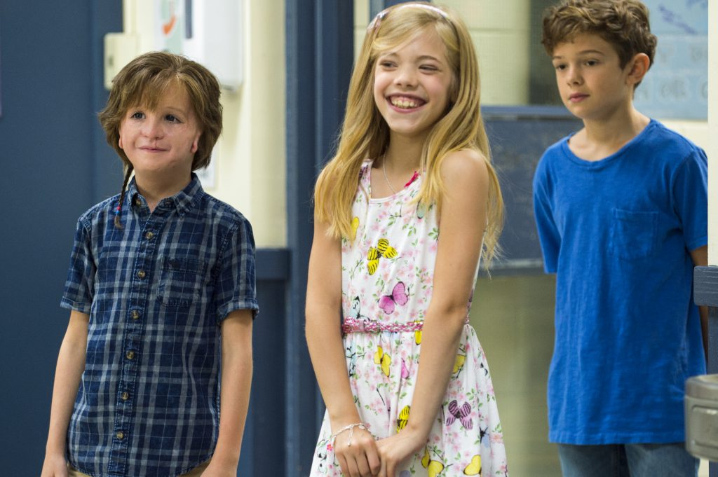 Auggie with his friends. Elle McKinnon as Charlotte and Noah Jupe as Jack Will.