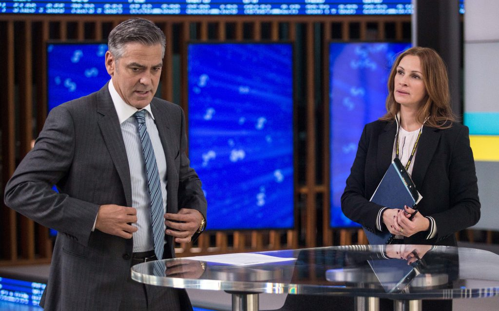 Julia Roberts and George Clooney have a pre-show chat before the taping of Clooney's show 'Money Monster.'