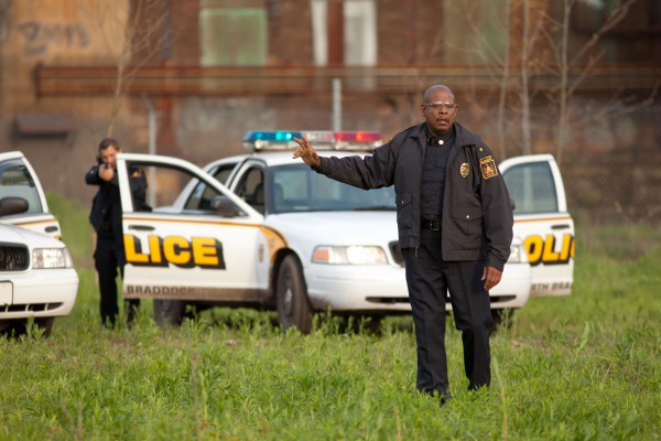 Hold your fire!  In the movie's closing sequence, police chief Wesley Barnes (Forest Whitaker) makes a fateful decision.