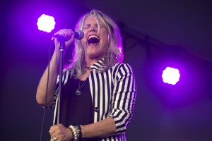 Cathy Richardson , of Jefferson Starship, performs at the EQT Three Rivers Pittsburgh Regatta at Point State Park.