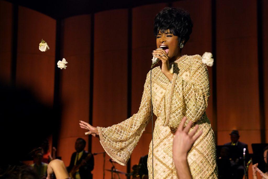 Aretha Franklin (Jennifer Hudson) in concert.